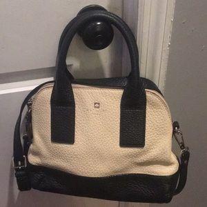 Kate spade adorable 9' by 13' shoulder bag